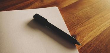 Bolígrafo sobre folio